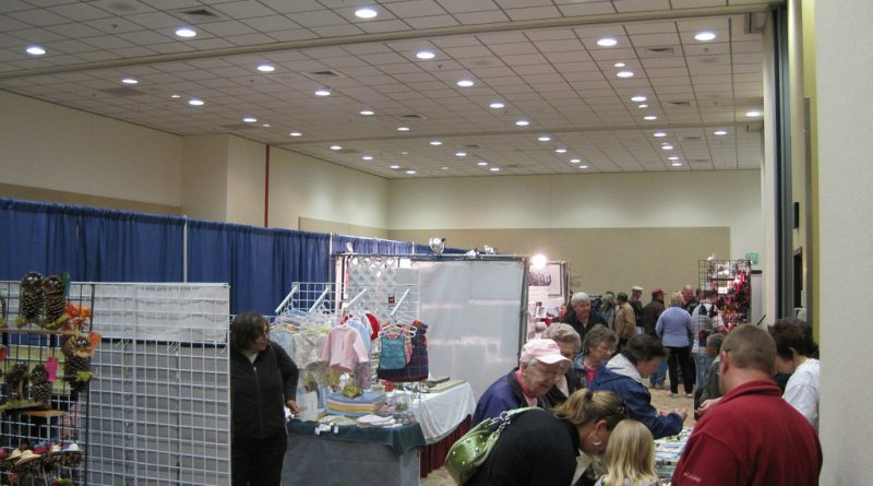 Razor Clam Festival vendors inside the Ocean Shores Convention Center.
